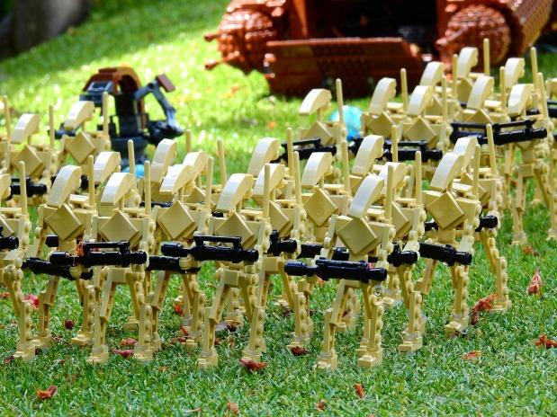 וולמארט מתחילה להחליף אלפי עובדיםבמכונות