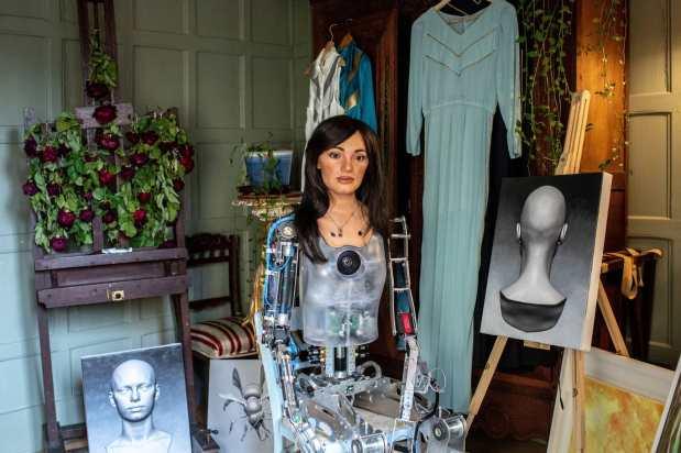 בינה מלאכותית אמנותית מכרה ציורים ביותר ממיליוןדולרים
