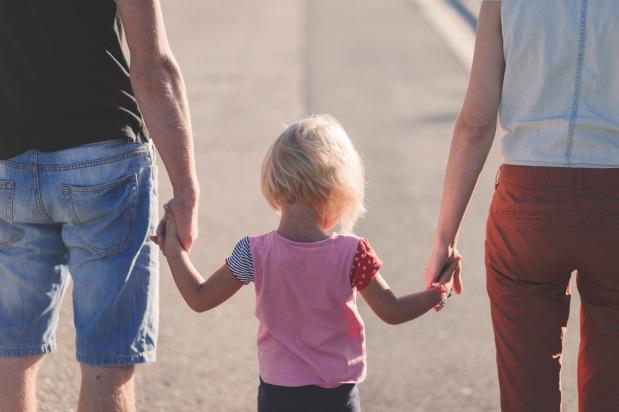 חמישה זוגות התנדבו להנדס גנטית אתילדיהם